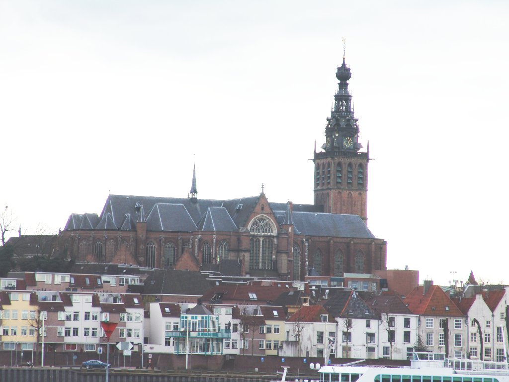 Nijmegen cathedral from across Waal river
